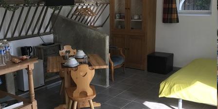 La Petite Ferme La Petite Ferme, Chambres d`Hôtes Maze (49)