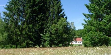 Maison De Campagne Avec étang Au Coeur De La Nature Maison De Campagne Avec étang Au Coeur De La Nature, Gîtes Saint Béraint Sous Sanvignes (71)
