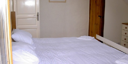 Bed and breakfast Bonkersfrog Holidays > Bonkersfrog Holidays, Chambres d`Hôtes Marsat (23)