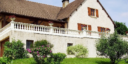 Chambre d'hotes Le Mont Laurent > Le Mont Laurent, Chambres d`Hôtes Buxy (71)