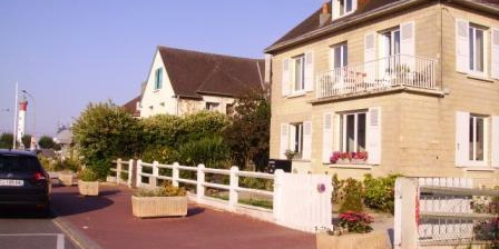 The Lighthouse B&B The Lighthouse B&B, Chambres d`Hôtes Ouistreham (14)