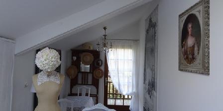 La Maison du Saule La Maison du Saule, Chambres d`Hôtes Valmont (76)