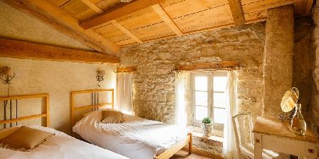 La Fougeraie Une des chambres d'étage de famille