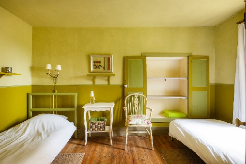 bed & breakfast Haute-Loire - Our Olive room with 2 beds