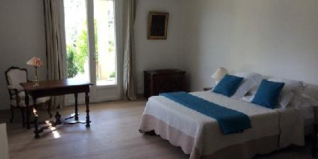 Les Iris Bleus Les Iris Bleus, Chambres d`Hôtes Chassiers Largentiere (07)
