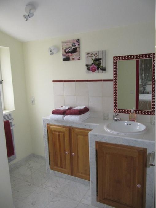 Chambre d'hote Vaucluse - Les Cyprès, Chambres d`Hôtes Entrechaux (84)