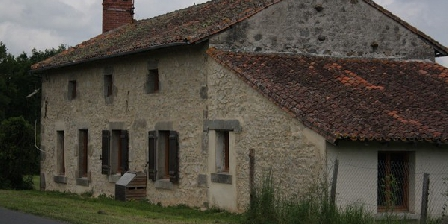Chez Gondat Chez Gondat, Chambres d`Hôtes St Martial Sur Isop (87)