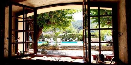 La Résidence Small World La Résidence Small World, Chambres d`Hôtes Saint Cyr Sur Mer (83)