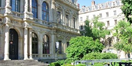 Gite Labourselyon > Labourselyon, Gîtes Lyon (69)