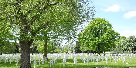 La Maison d'Isaphil Le cimetière américain de Montjoie Saint-Martin, à 2 km