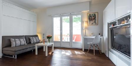 cannes city b b une chambre d 39 hotes dans les alpes maritimes en provence alpes cote d 39 azur. Black Bedroom Furniture Sets. Home Design Ideas