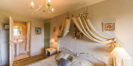 Le Reve B&B-La-Barbinais-chambres-dhotes-saint-malo-saule-salle-de-bain