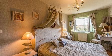 Le Reve B&B-La-Barbinais-chambres-dhotes-saint-malo-cote-campange-lit