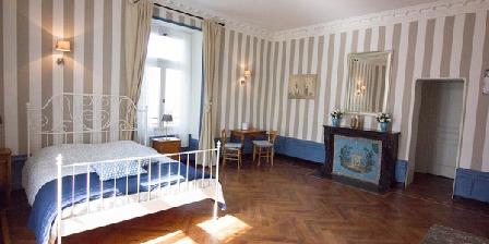 Domaine Des Lilas - 3 épis Domaine Des Lilas - 3 épis, Chambres d`Hôtes Saint Germain Lembron (63)