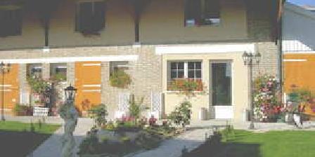 Les Charbaudières Les Charbaudières, Chambres d`Hôtes Saint Hilaire Le Grand (51)