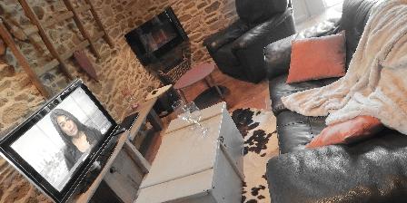 Gite Le Clos de La Mauve - Gîte des Cerfs > Le Gîte des Cerfs-Gîte de Charme pour 2. Pradinas (12)