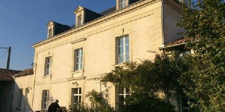 Tenue du Fougeray Chambres et Table d'hôtes Tenue du Fougeray Chambres et Table d'hôtes, Chambres d`Hôtes Sammarçolles (86)