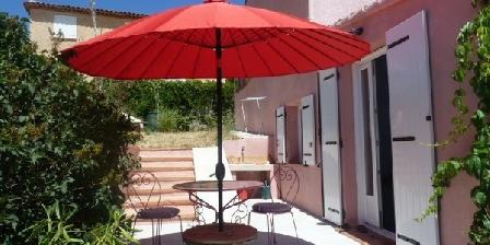 Appartement Dans La Villa Rose Appartement Dans La Villa Rose, Gîtes Cadolive (13)