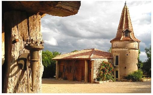 La maison troglodyte des Hobbits, Chambres d`Hôtes Lavaurette (82)