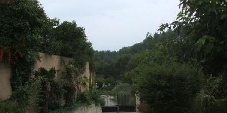 Villa Mil'oroc Apartement Villa Mil'oroc Apartement, Chambres d`Hôtes Roquefort La Bedoule (13)