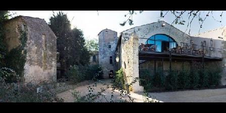 Le Domaine du Prieuré D'estagel Le Domaine du Prieuré D'estagel, Chambres d`Hôtes Saint Gilles (30)