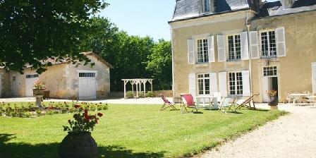 Château de Masseuil Château de Masseuil, Chambres d`Hôtes Quincay (86)