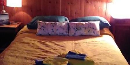 La P'tite Ruche La P'tite Ruche, Chambres d`Hôtes Les Deserts (73)