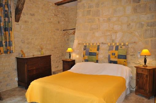 Chateau De Bessas, Chambres d`Hôtes Bessas (07)