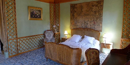 Chambre d'hotes Un Manoir à Tarare > la chambre de la Mère Grand
