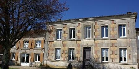 Demeure du Chapitre Demeure du Chapitre, Chambres d`Hôtes Louzac Saint Andre (16)