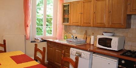 Cottage Au Coeur de Rennes > l'espace cuisine