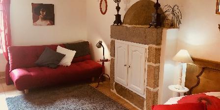 La Chambre des Anges 3 épis Gdf Coin salon, canapé capitoné confortable
