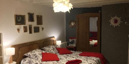 La Chambre des Anges 3 épis Gdf Lit queen size et lampes tactiles