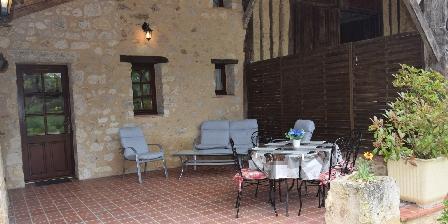 Le Petit Gîte du Château de Missandre La terrasse du gîte