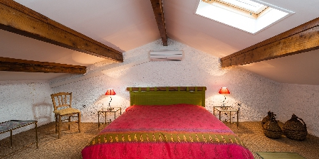 Les Mimosas Gîte Les Mimosas, chambre 2ème étage