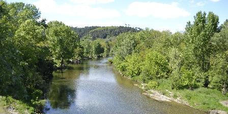 Les Mimosas Saint Ambroix, la Cèze vue du pont de la ville