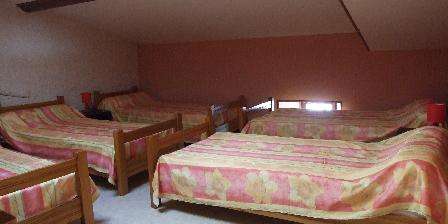 Gîte de Groupe Les Deux Frères Chambre 3 dortoir