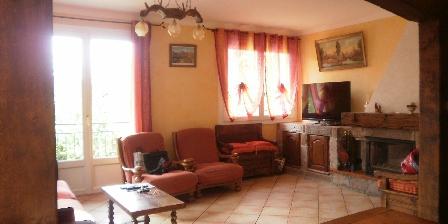 Gite Location Saisonniere Rongier Jean Claude > salle a manger