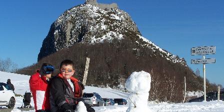 Aux 4 Saisons Château de Montségur- Enfants à la neige