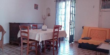 Cottage Les Gites du Pic du Comte - La Fénière > The Living room