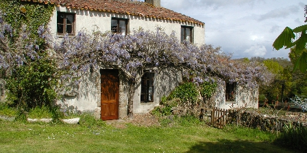 Vendee Cottages Terrace