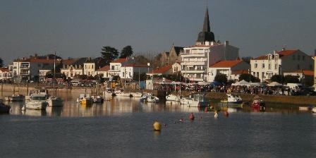 Maison de Pêcheur St Gilles Croix de Vie St Gilles : Le quai du port fidèlel