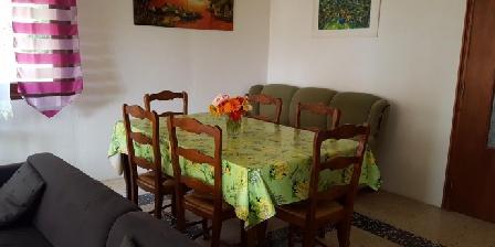 Location de vacances Gîte Villa spacieuse proche village > Gîte Villa spacieuse proche village, Gîtes Taradeau (83)