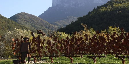 Gîte de Planchetieu Sculptures vignes