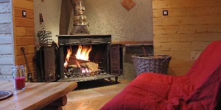 Chalet du Bazet Salon cheminée