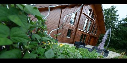 Chambre d'hotes Chambres et Table d'Hôtes Chalet du Seu > en terrasse au chalet du seu