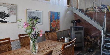 Chambre d'hotes Chambres d'Hôtes Les Arts Verts > La salle à manger