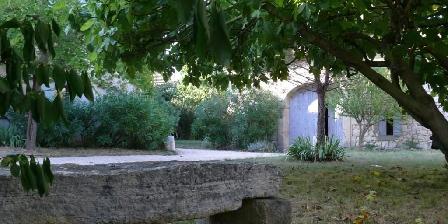 Le Mas des Sages 4/5 Bout de jardin