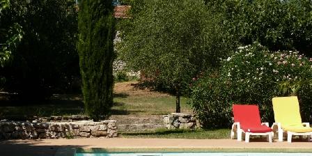 Le Mas des Sages 4/5 Côté piscine