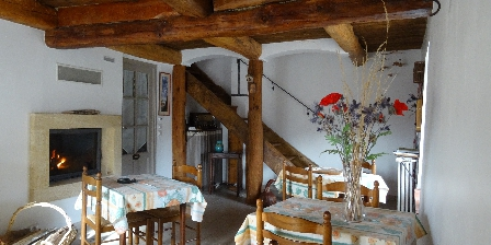 Chambres d'Hôtes Le Pradon La salle a manger